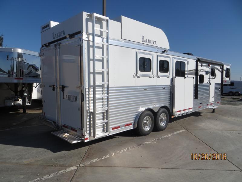 2017 Lakota Charger 8313 Horse Trailer 3H 13' LQ VIN:00849