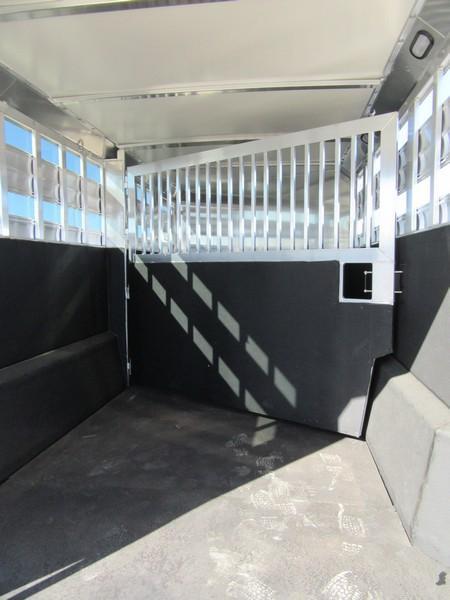 New 2018 Hart Trailers Lariat StockCombo 22 Livestock Trailer Vin 51067