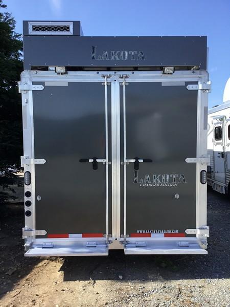 New 2018 Lakota Trailers C8313 3H Living Quarters Reverse Load Horse Trailer