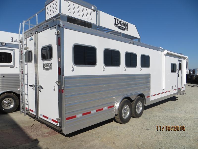 2017 Logan Coach 4H 812 Limited LQ Horse Trailer Vin:04904