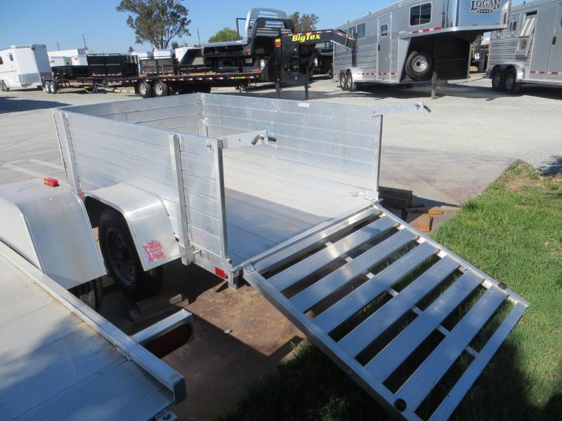 2017 Aluma 486 4'x6' aluminum Utility Trailer Vin: 84325