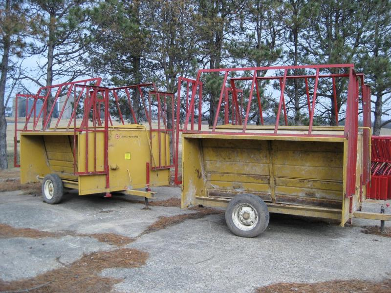 Used Farm Star 80bu Cattle Feeder