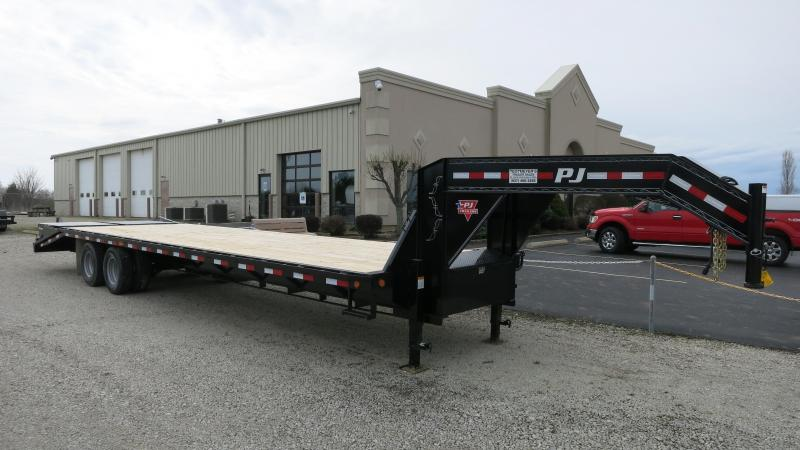 PJ Trailers 32' Classic Flatdeck with Duals Trailer