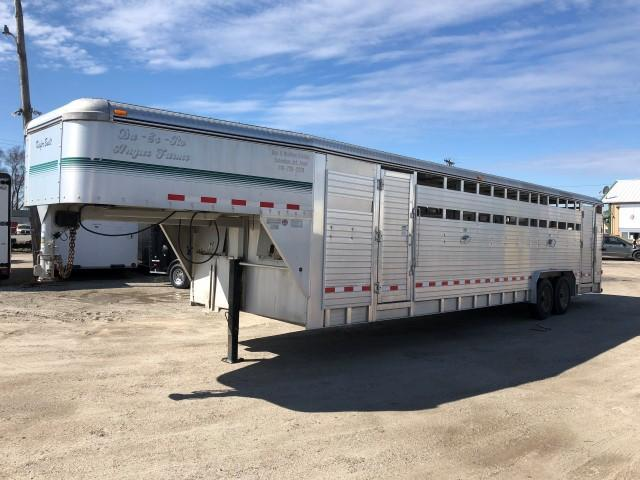 2004 Kiefer Built A2G830 Livestock Trailer