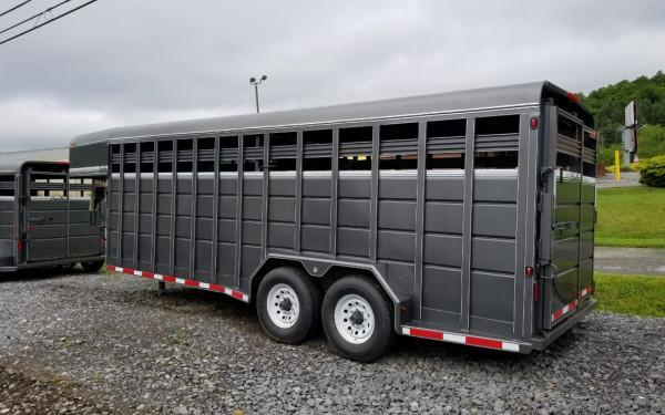 Corn Pro 7x20 Gooseneck Livestock Trailer