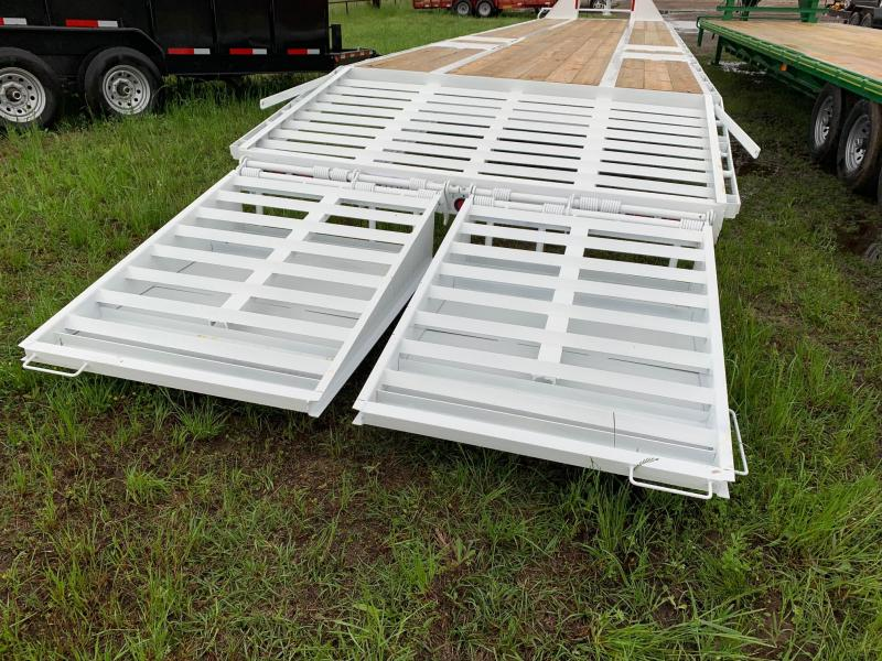 2019 Traxx Trailers 40 Low Pro Deack Over Flatbed Trailer