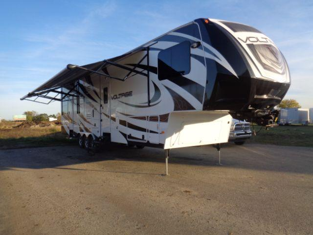 2014 Voltage 42ft FIFTH WHEEL TOY HAULER