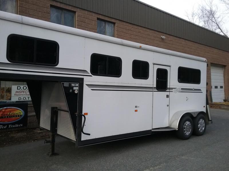 2012 Kingston Trailers Inc. Brunswick GN Horse Trailer