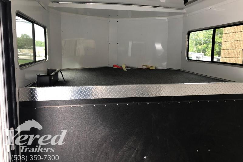 2014 Sundowner Trailers Spotman 3h gn Horse Trailer