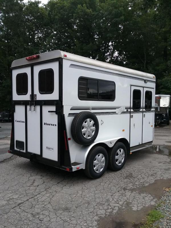 2007 Kingston Trailers Inc. Windsor D/Room Horse Trailer in Ashburn, VA