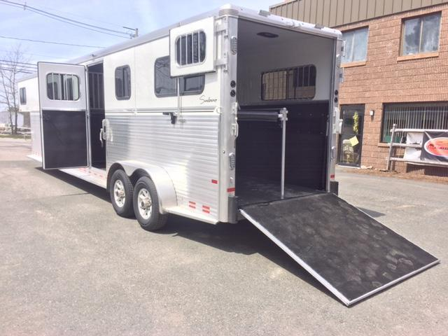 2019 Sundowner Trailers 4H Head To Head Horse Trailer