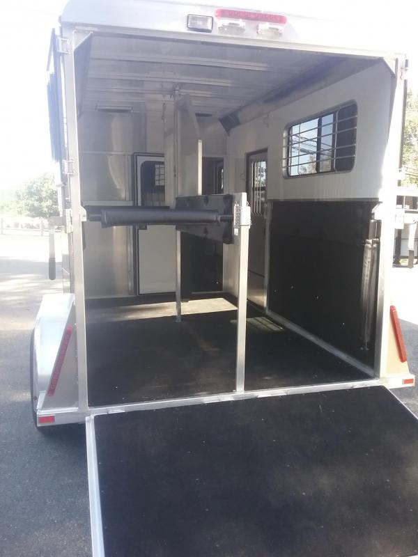 2019 Kingston Trailers Inc. Belvedere Horse Trailer
