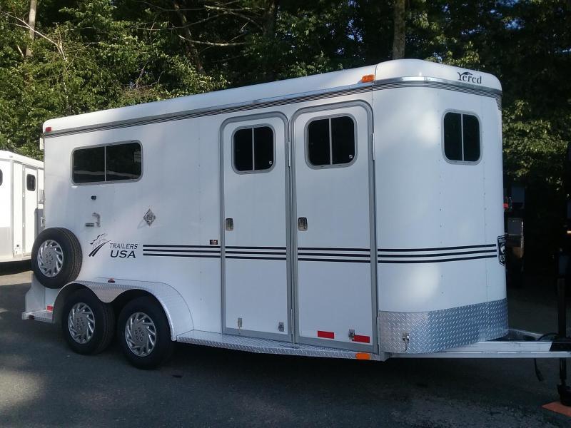 2011 Trailers USA Inc. 2h Warmblood D/Room Horse Trailer