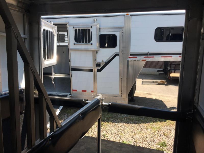 2019 Sundowner Trailers Charter SE Horse Trailer