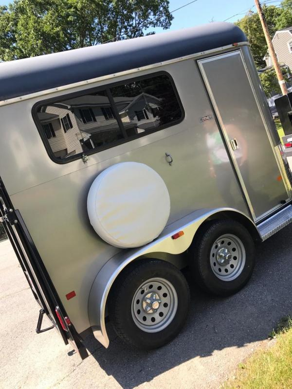2010 Cotner Trailers Inc. Lone Star one horse Horse Trailer