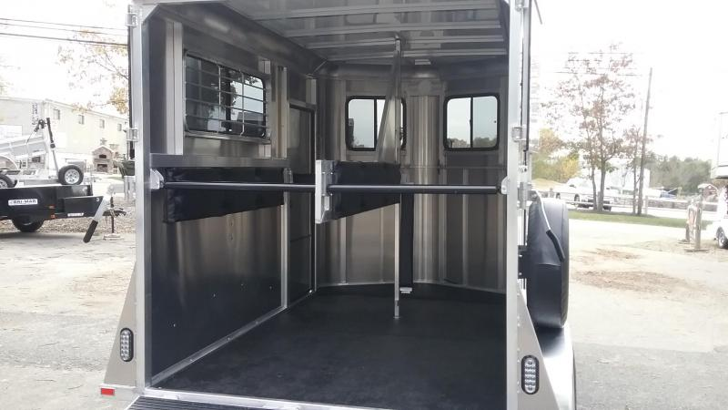 2019 Kingston Trailers Inc. Classic Std Horse Trailer