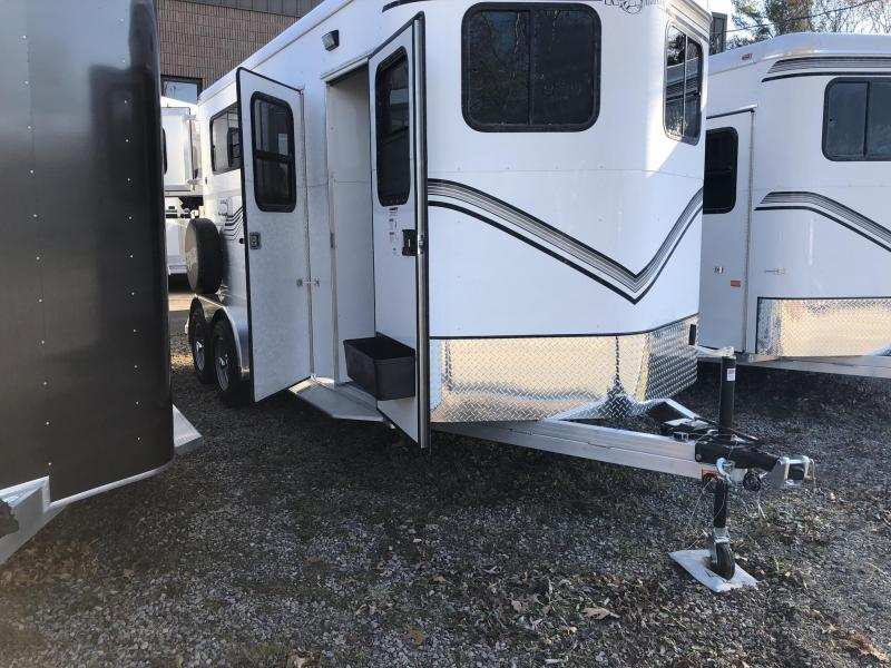 2018 Kingston Trailers. Classic Elite R/RoomHorse Trailer