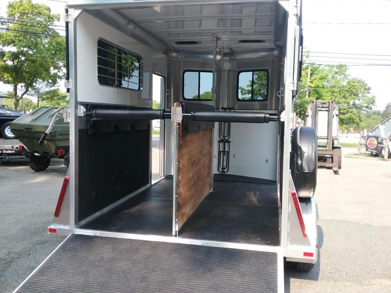 2019 Kingston Trailers Inc. Classic Elite Plus Horse Trailer