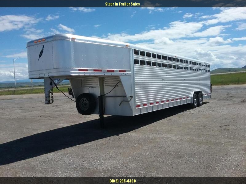 2002 Featherlite 30' Livestock Trailer