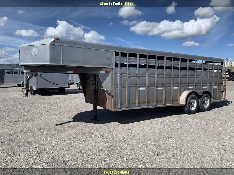 1996 Titan 20'  Livestock Trailer in Ashburn, VA