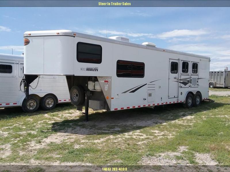 2011 Sundowner LQ 24' Horse Trailer