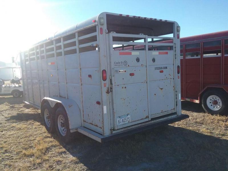 1992 Circle D GN Stock/Combo Livestock Trailer