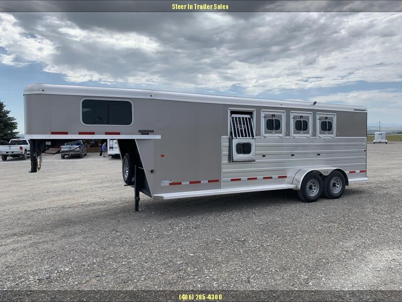 2019 Logan Coach 4H GN BULLSEYE Horse Trailer in Ashburn, VA