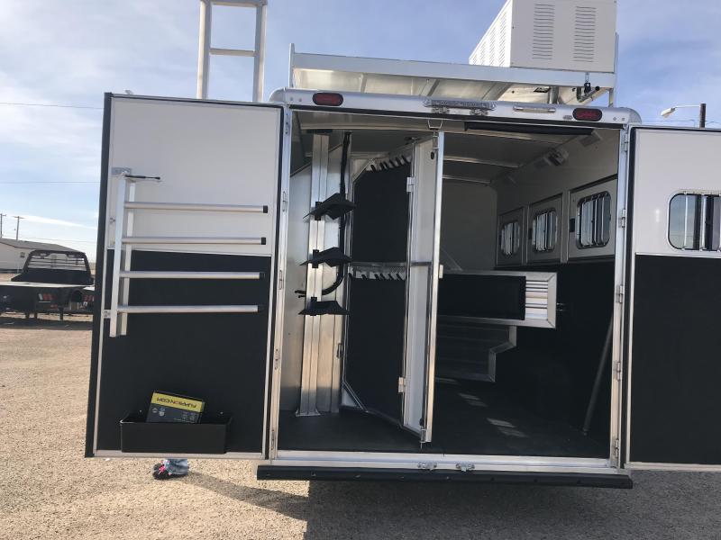 2018 Cimarron Trailers 3 Horse Trailer