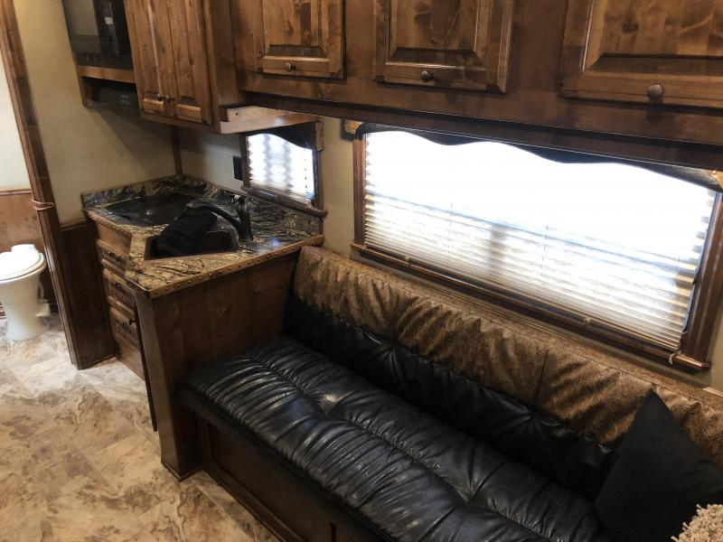 2017 4-Star Trailers 4H - 12SW Horse Trailer