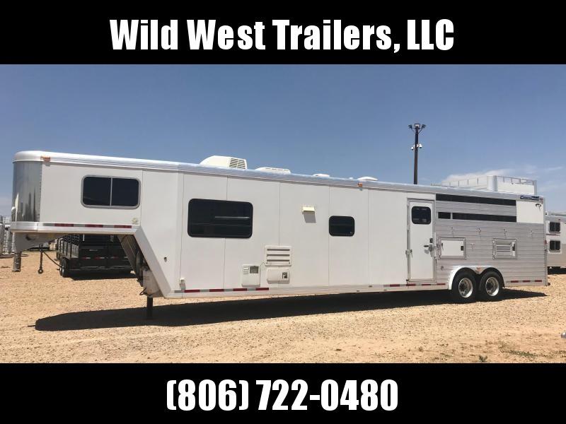"2005 Cimarron Trailers 4 Horse - 17'6"" SW Horse Trailer"