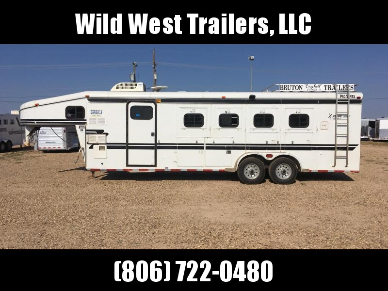 2001 Bruton Trailers 4 Horse-10 Short Wall Horse Trailer