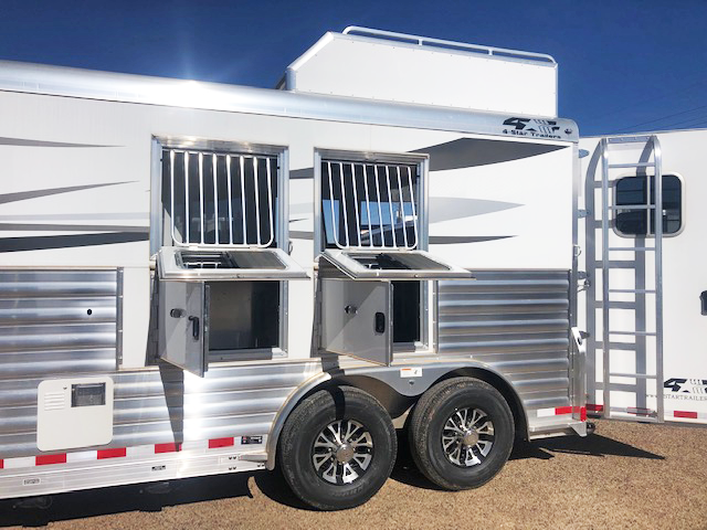 2019 4-Star Trailers 2 Horse Horse Trailer