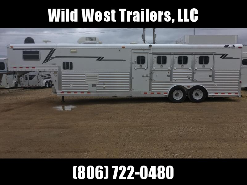2005 4-Star Trailers 4 Horse - 10 Short Wall Horse Trailer