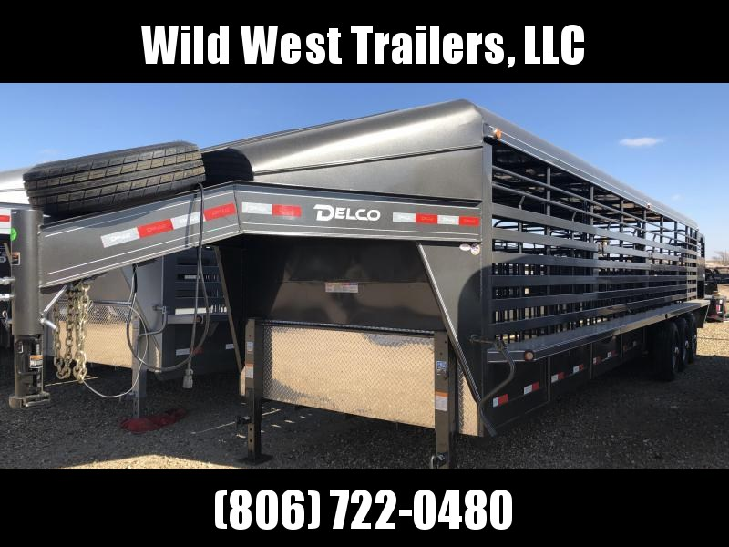 2019 Delco Trailers 32 ft Metal Top Livestock Trailer