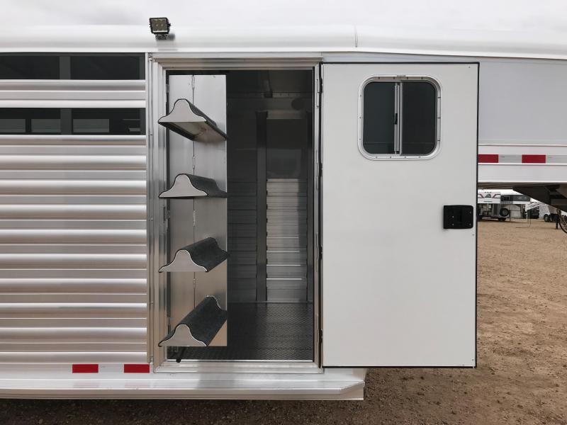 2019 4-Star Trailers 20ft Livestock Trailer