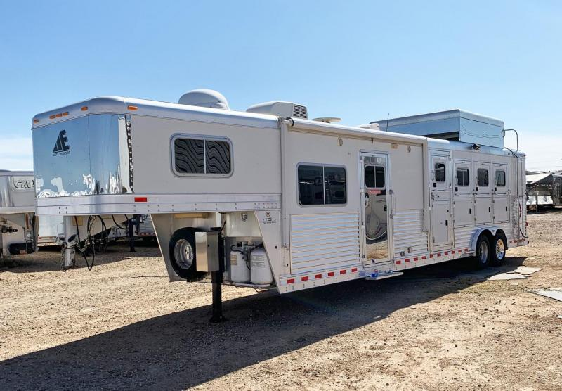 2006 Elite 4 Horse Trailer in Ashburn, VA