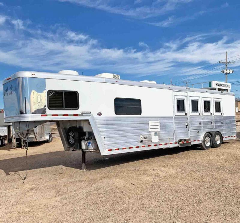2008 Bloomer 4 Horse Trailer