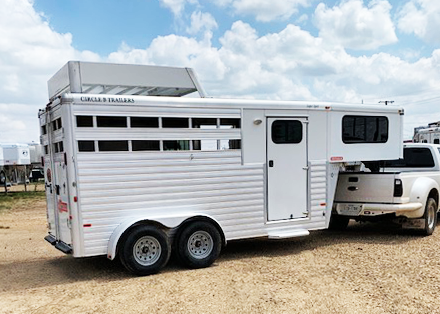 2013 Sundowner 3 Horse Trailer