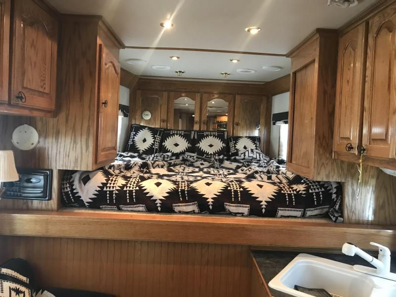 2001 C and C Trailers 4 Horse Trailer