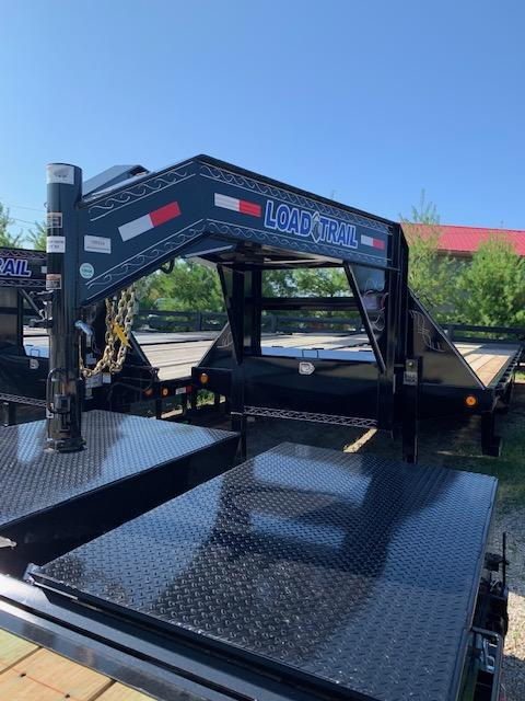 "2019 Load Trail 102"" X 32' Tandem Low-pro Gooseneck Equipment Trailer"