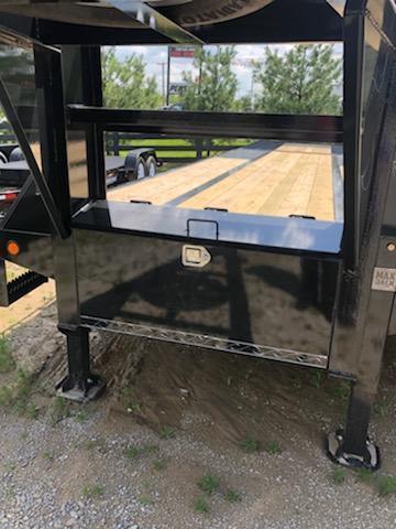 2019 Load Trail 32 Low-Pro Gooseneck Flatbed Trailer
