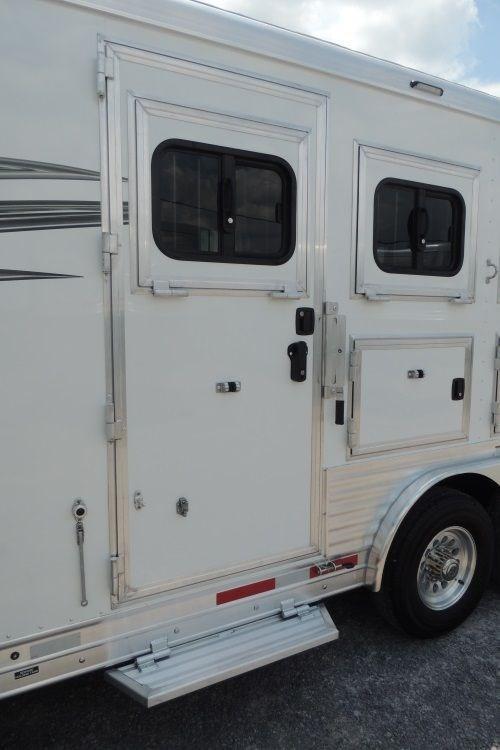 2020 Lakota Charger 8311 RK Horse Trailer w/ 6' Slide