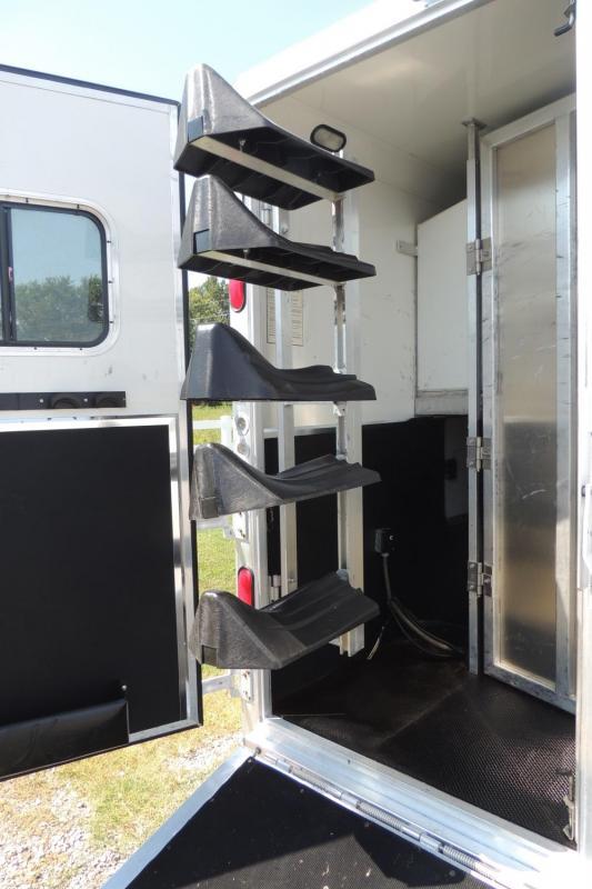 2008 Kiefer Built Genesis 8514 Slideout Horse Trailer