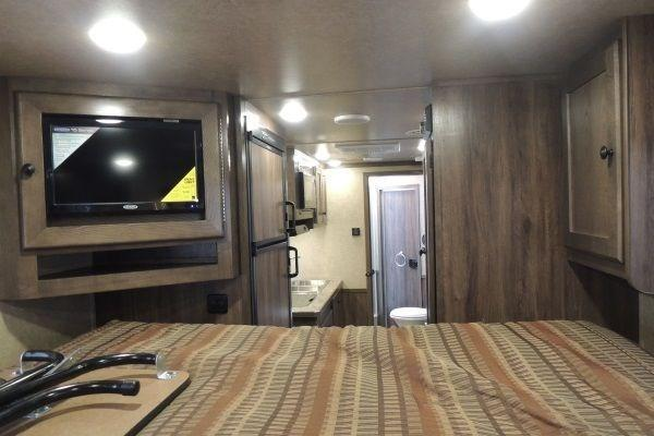 2020 Lakota Charger 311 Horse Trailer w/ Slide and Mangers