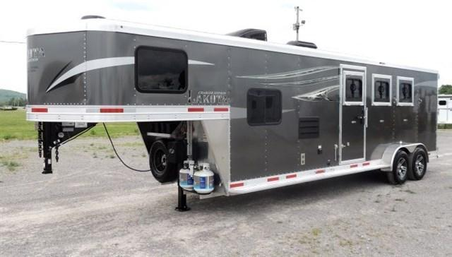 2020 Lakota Charger 309 Big Fridge Horse Trailer
