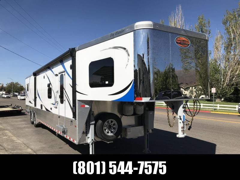 2018 Sundowner Trailers 43ft White Toy Hauler in Arlington, AZ