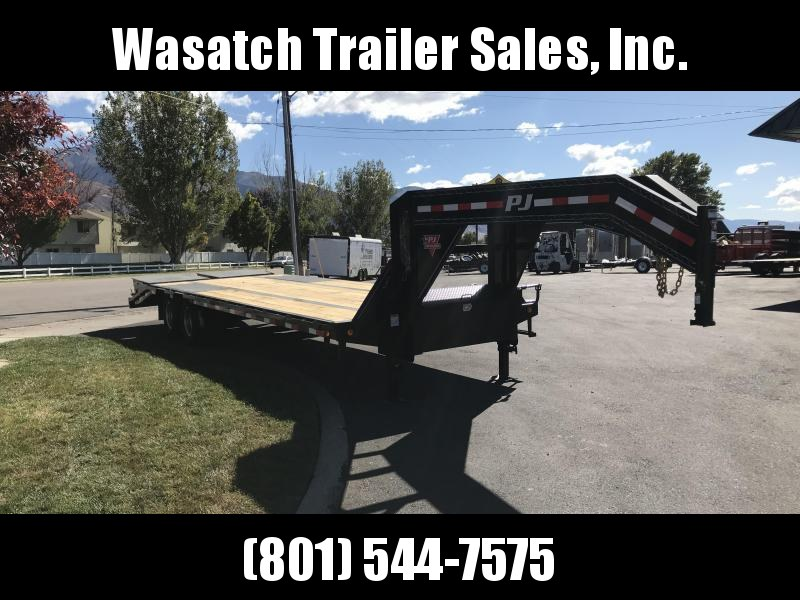 2019 PJ Trailers 30ft Gooseneck Low-Pro Flatdeck with Duals (LD) Flatbed Trailer