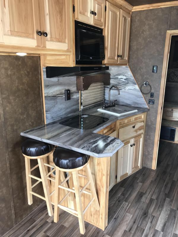 2019 Sundowner Trailers 38 Toy Hauler