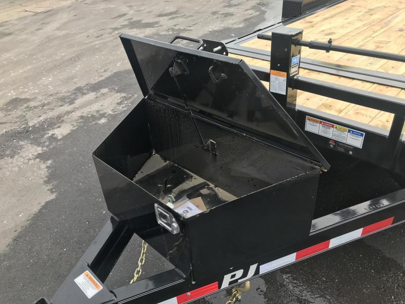 2019 PJ Trailers 20ft - 6 in. Channel Equipment Tilt (T6) Equipment Trailer