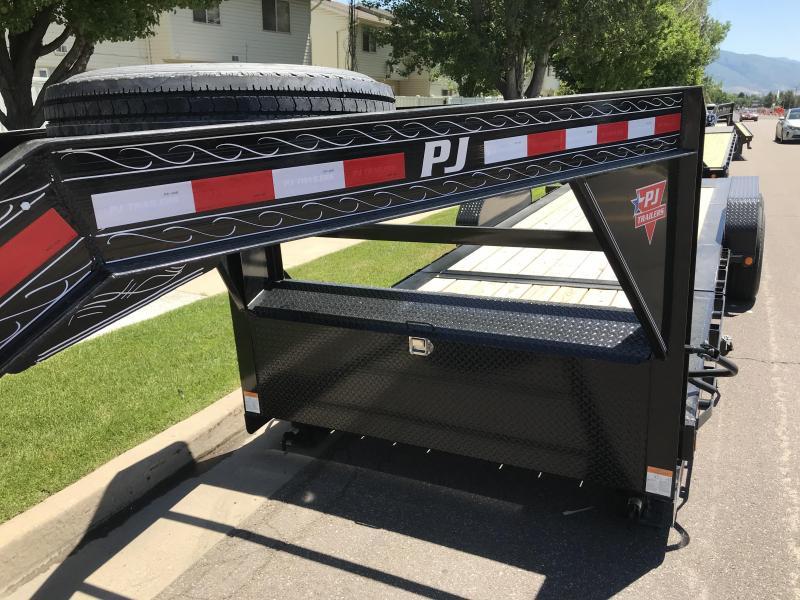 2019 PJ Trailers 24ft - HD Equipment Tilt 6 in. Channel (TJ) Equipment Trailer
